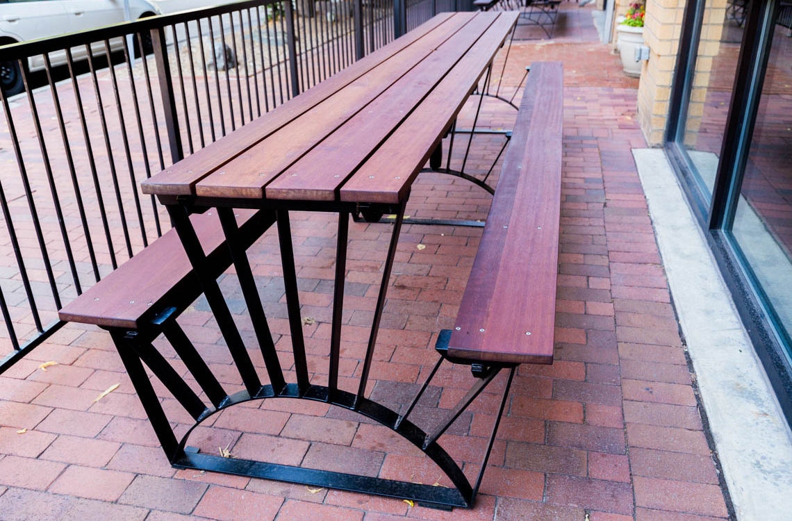 Walter's Pizzeria- Outdoor Tables
